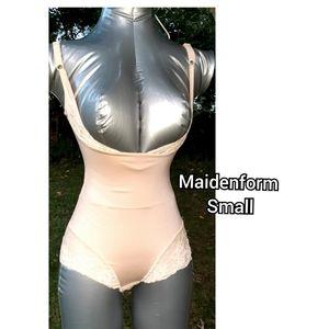 Maidenform  small Shapewear  spanx